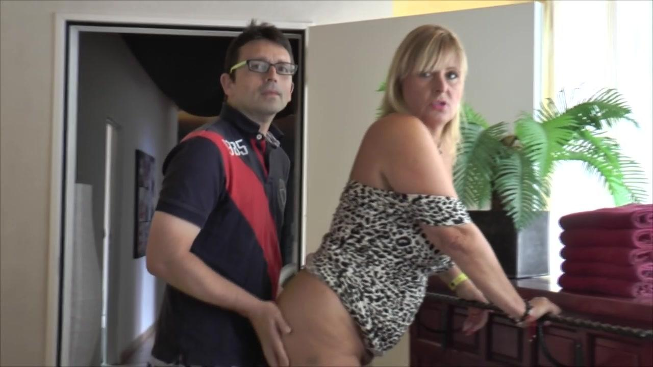 Nudechrissy Videogallery Store  Blowjob In Boots-6460