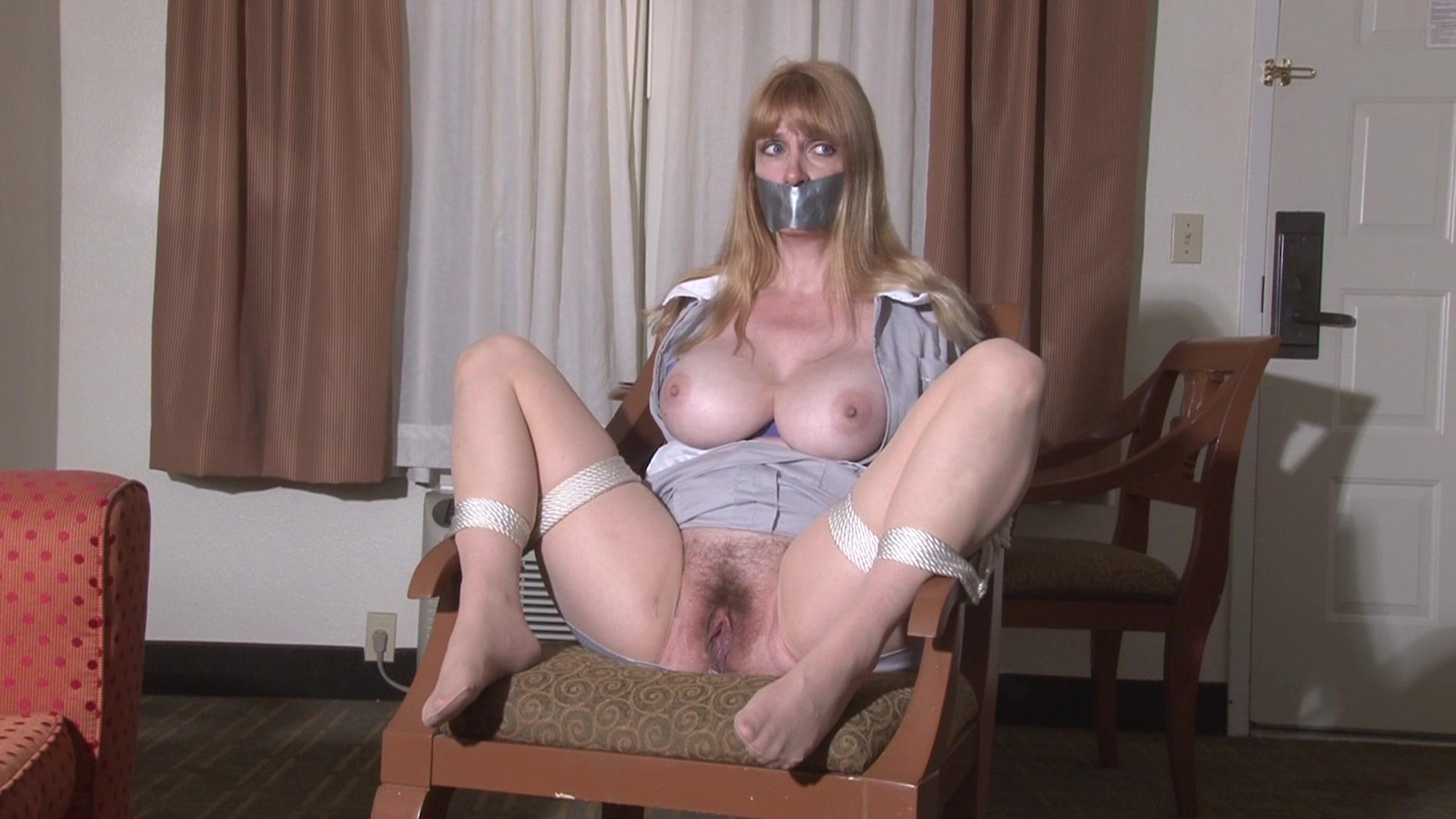 Hotel maid exposed lorelei