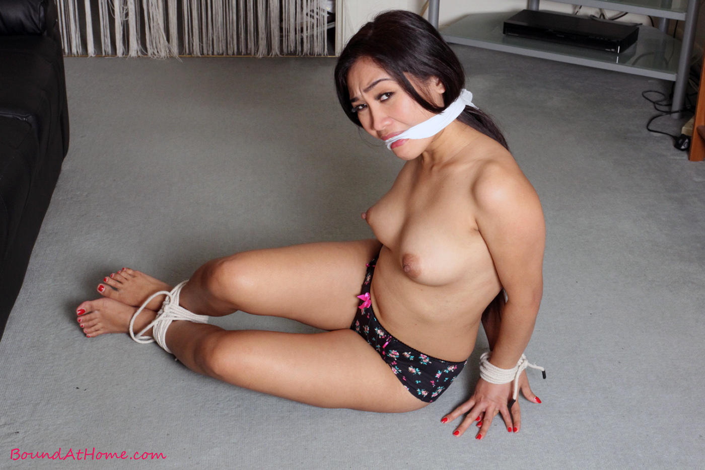 Woman booty asian pantyhose