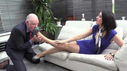 Lady Bellatrix  Subby Hubby - Dirty Shoe Worship (HD mp4)