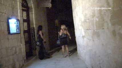 023112 Ewa Takes A Pee In A Mdina Street