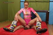 Barbarella, the girl in pink dominates 6