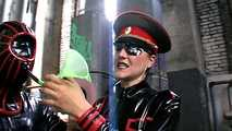 The Baroness - Gummiobjekt hat Ausgang 1