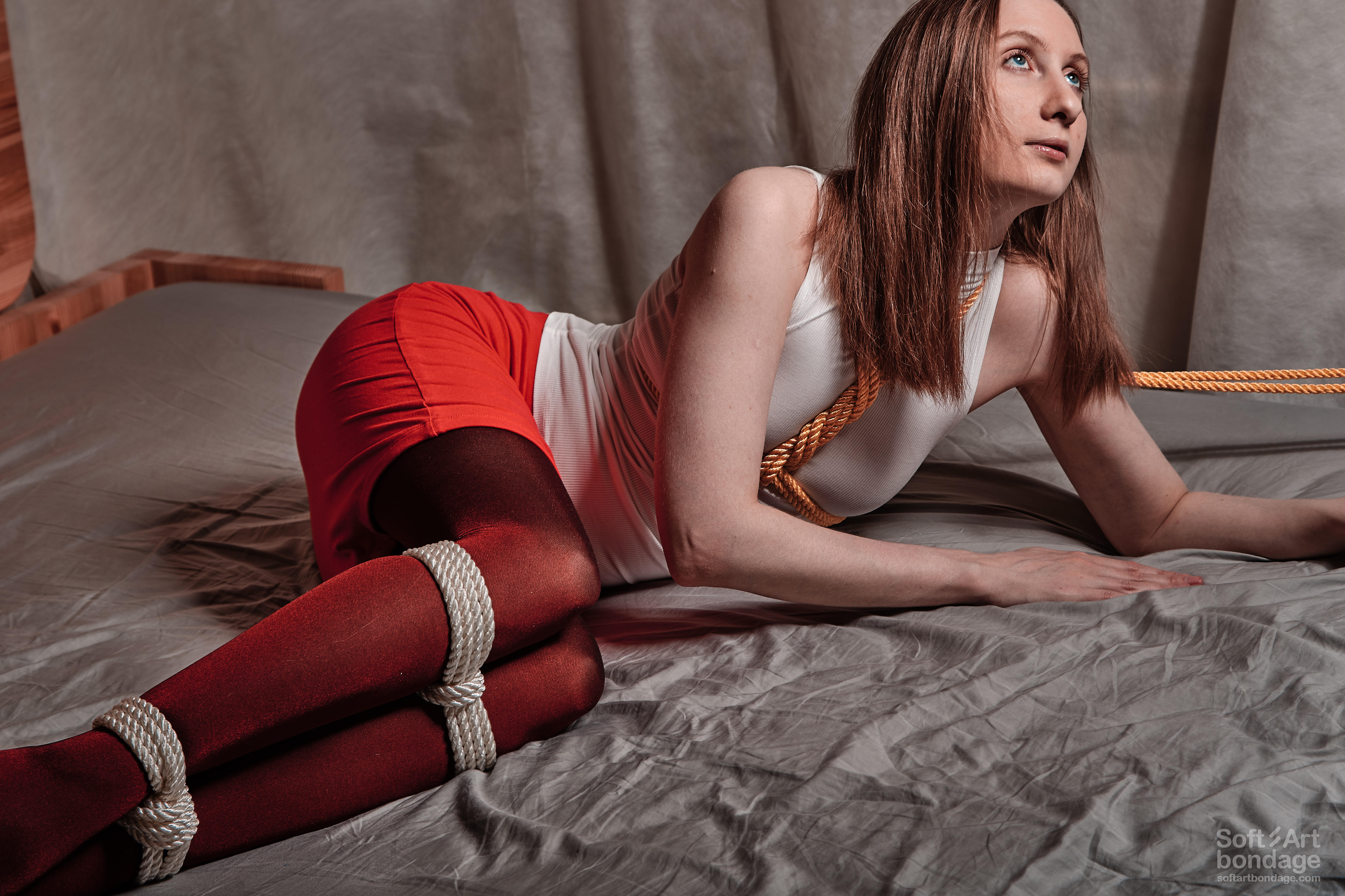 Soft Art Bondage   Leash chest and tied legs in red pantyhose with