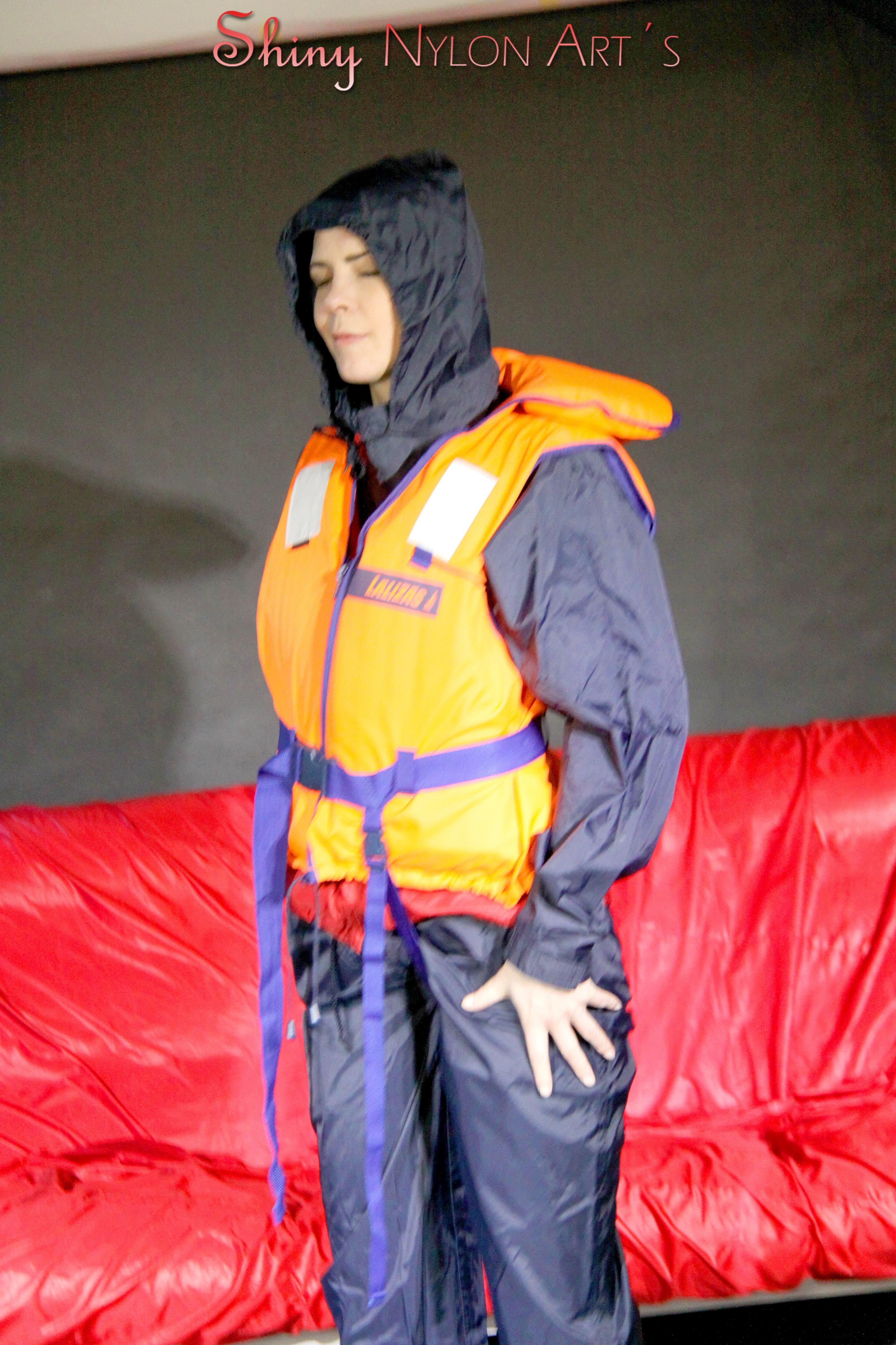 Life jacket and bondage