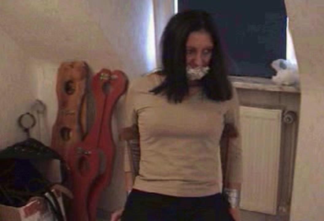 Free amateur teen orgy video