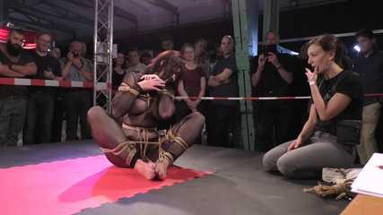 Live Escape Challenge from BoundCon XV - Elise Graves vs. Katarina Blade