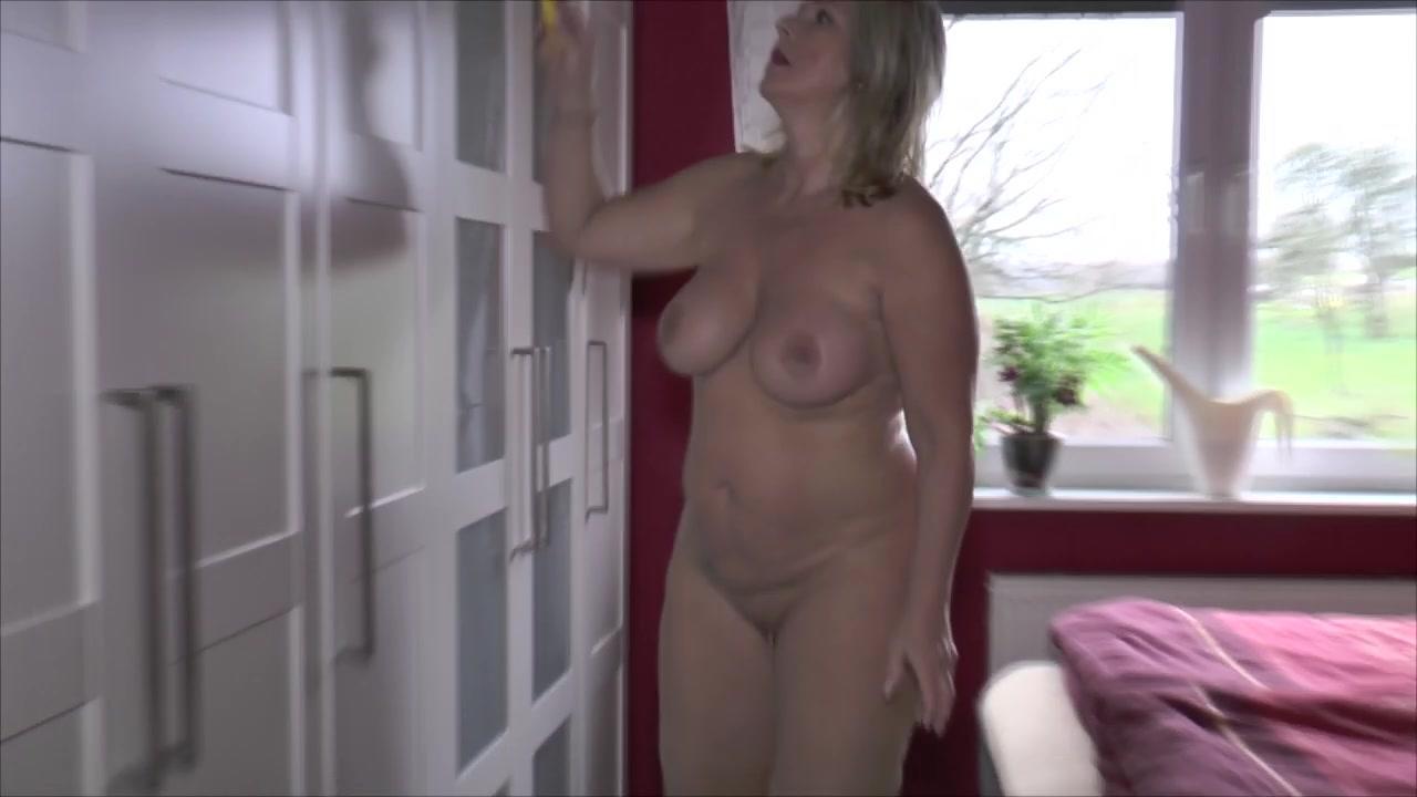 Nackt Hausarbeit