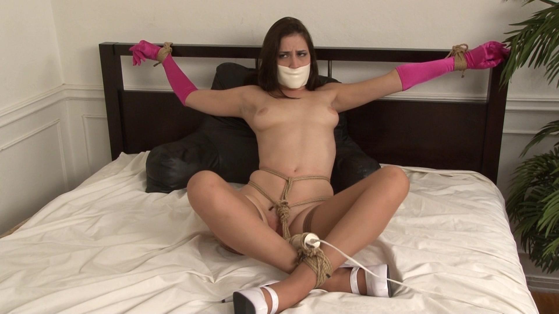Self bondage masturbation