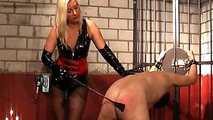 La Femme Fatale, The training of slave  1
