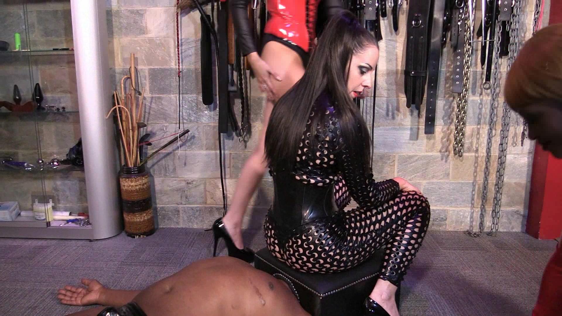 Face farting slave porn pics