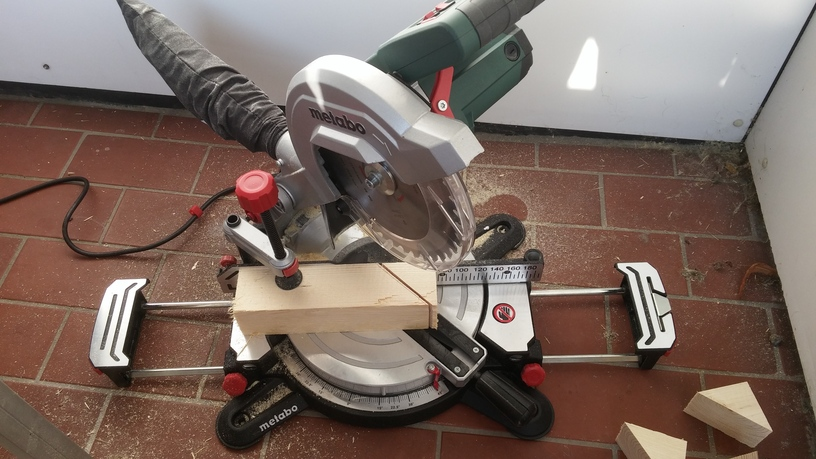 Capper and miter saw