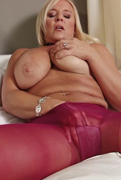 Kinky Big Tit Milf Alexis